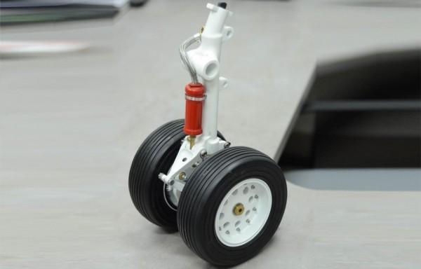 Podvozková noha letounu - model